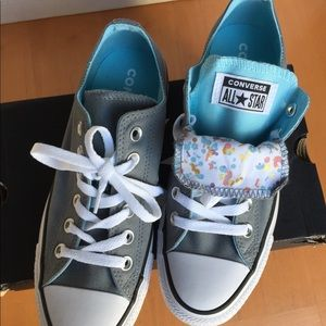 Women's converse CT is double tongue shoes size 8